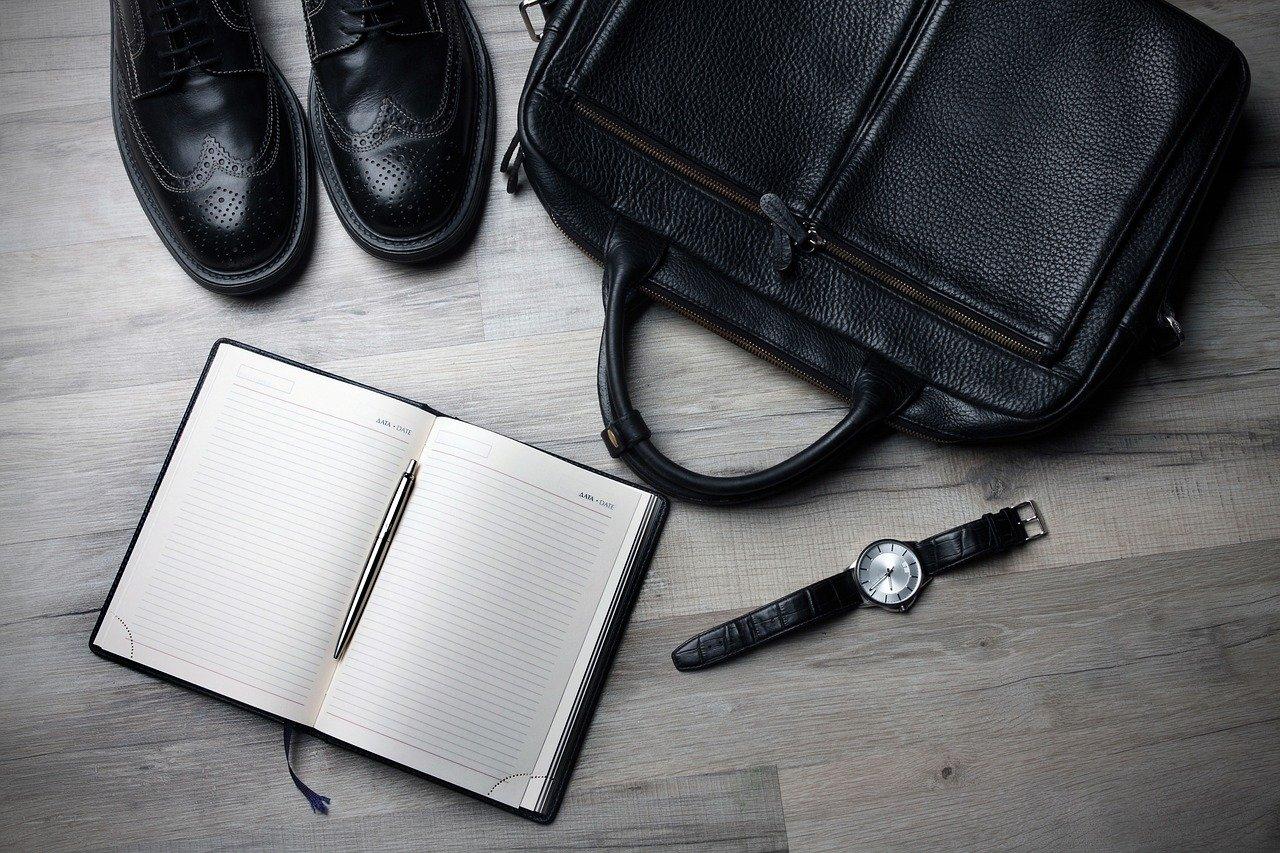 「会社に行くのが憂鬱?仕事するのが辛い社会人へおすすめする行動3選」のアイキャッチ画像