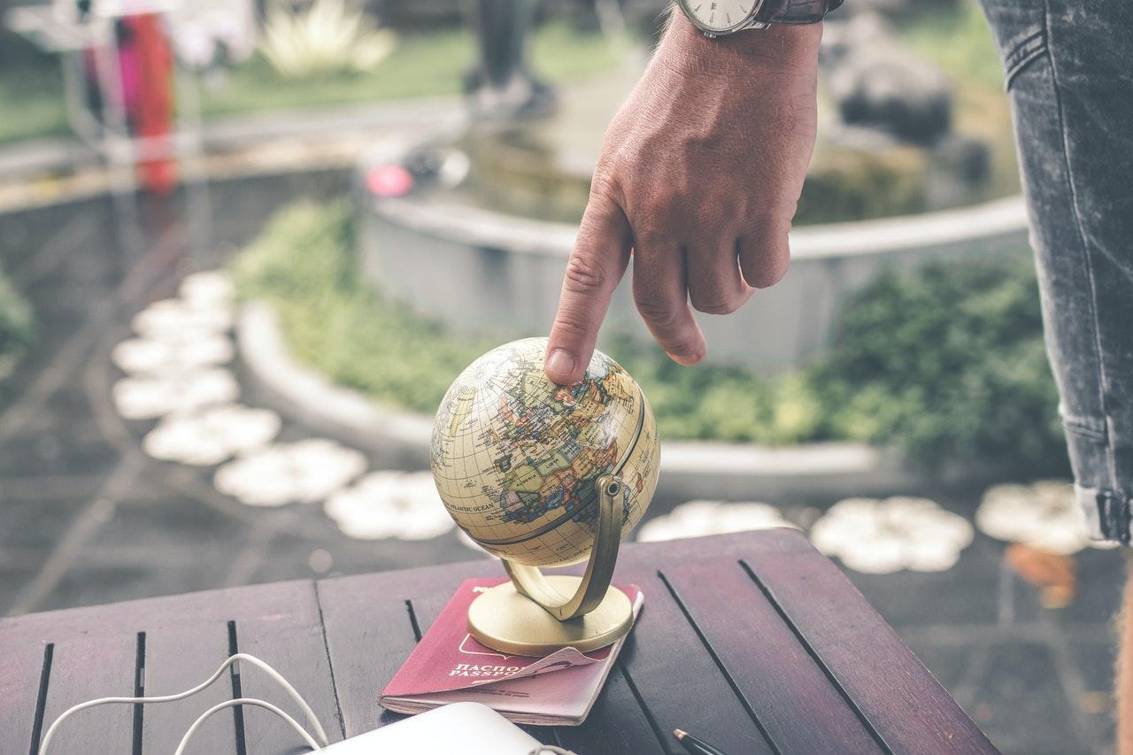「グローバルで必要とされる人材になる為のおすすめの習慣3選」のアイキャッチ画像