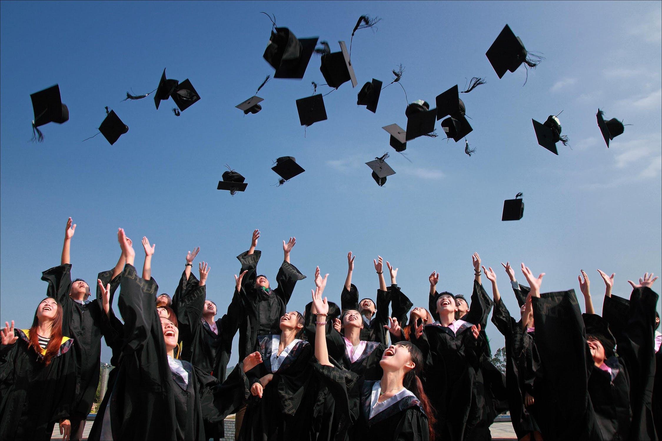 「【就活スタート】アメリカの一流大学を最短で卒業する方法!番外編」のアイキャッチ画像