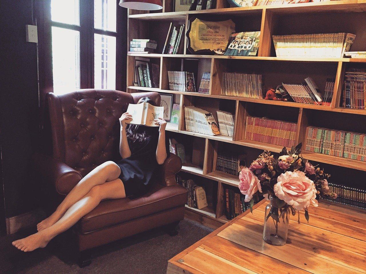 「英語で読むおすすめ小説・ビジネス本5選!洋書でリーディング力向上」のアイキャッチ画像