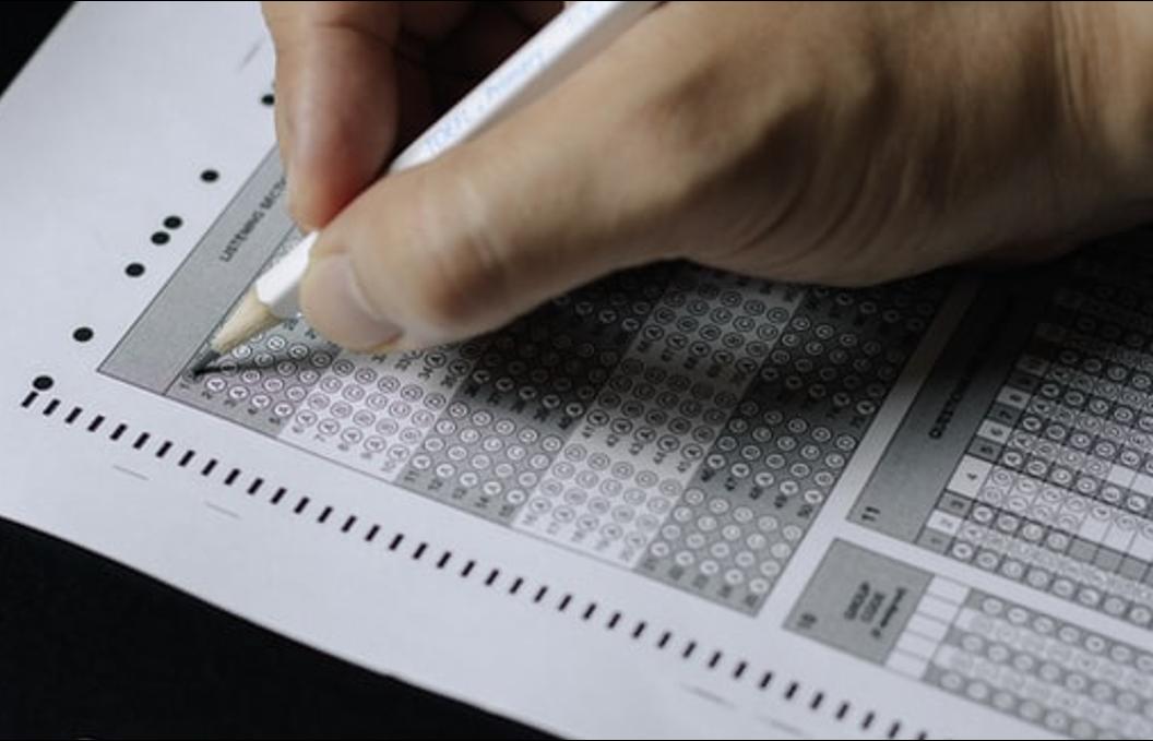 「英語テスト対策の基本方針【高得点を目指す為に絶対に必要】」のアイキャッチ画像